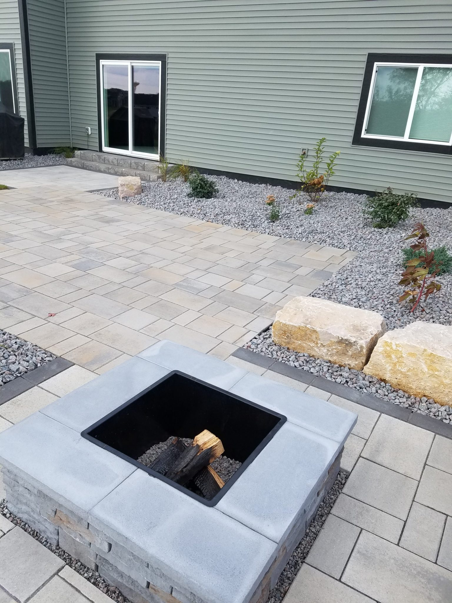 Techo Bloc Fire Feature and Patio